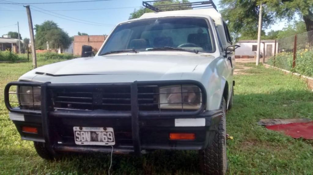 LIQUIDO Peugeot pick up 504