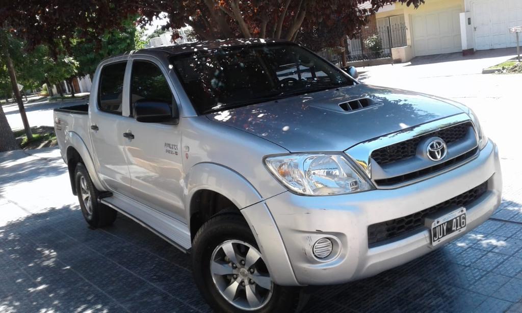 Vendo Toyota Hilux