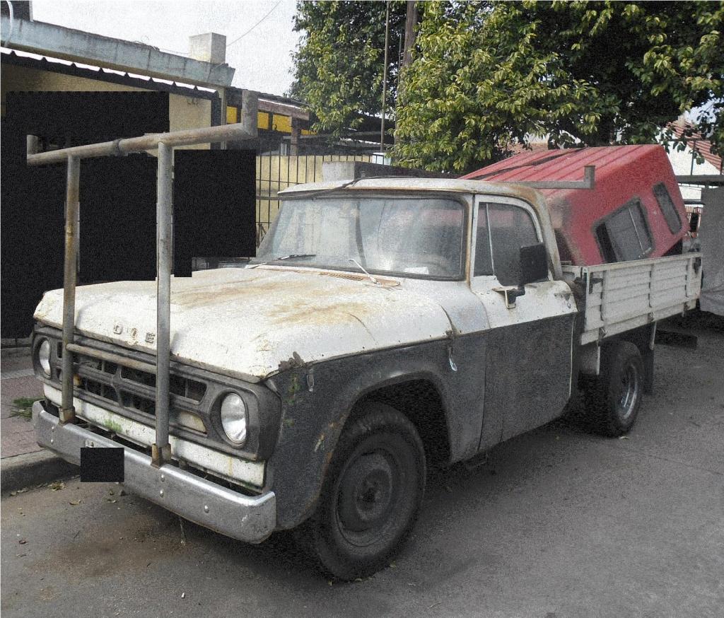 Camioneta Dodge L100 Diesel con caja renault rodeo traffic