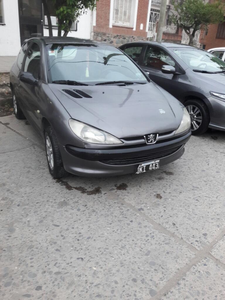 Vendo Peugeot 206 Mod  Full
