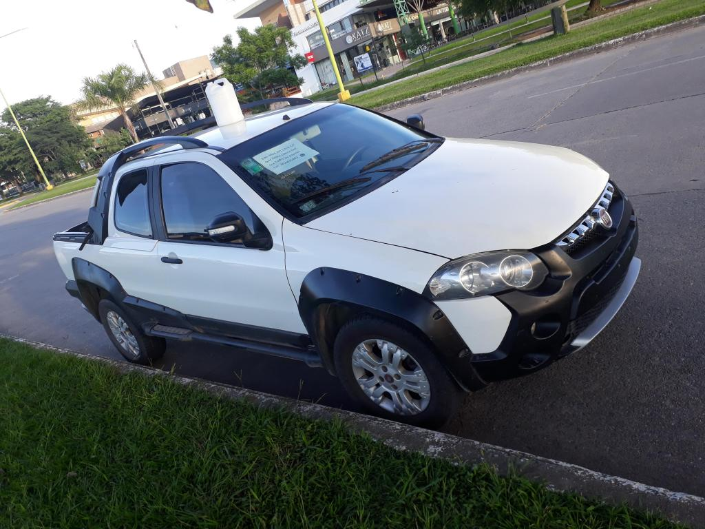 Fiat Strada Adventure 16 GNC