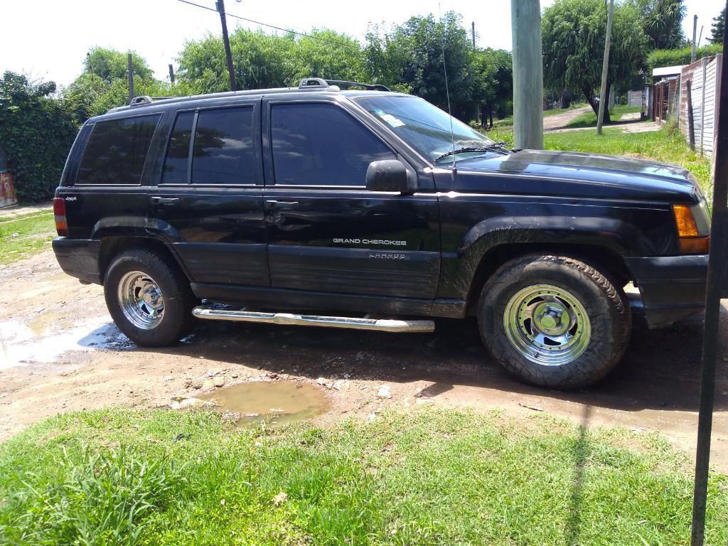 Vendo Jeep Gran Cherokee Nafta Gnc