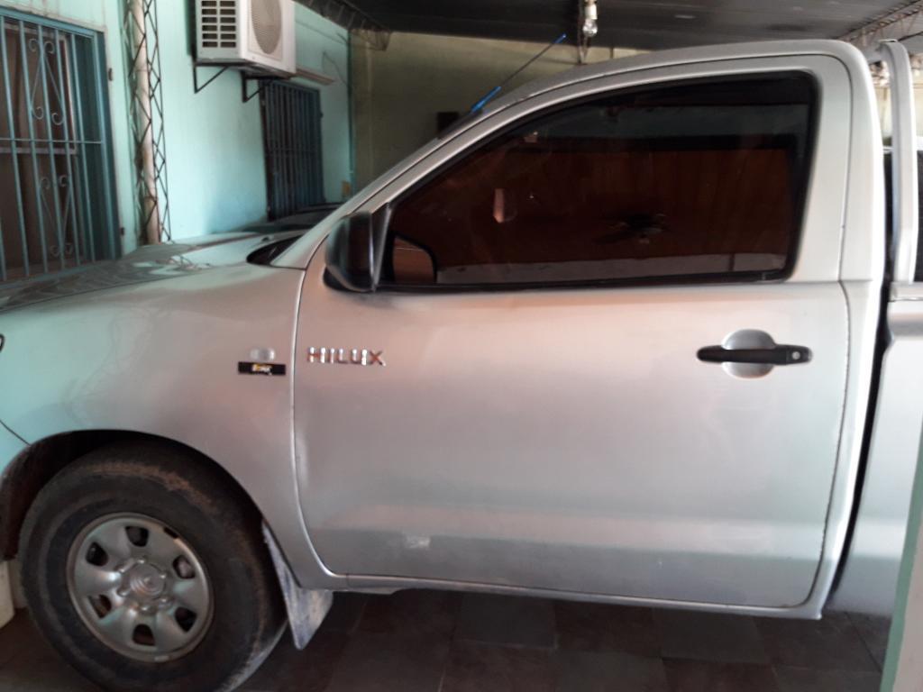 Vendo Toyota Hilux Cabina Simple