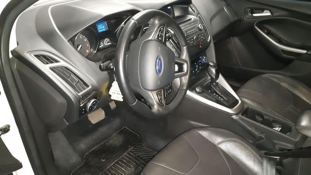 Ford focus SE Plus 20 AT