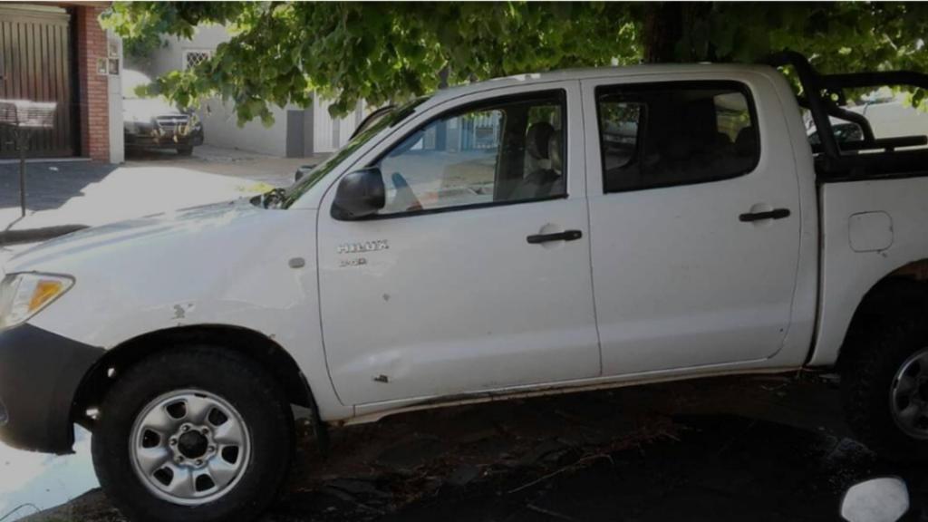 Vendo Toyota Hilux Dx 4x motor 2,5