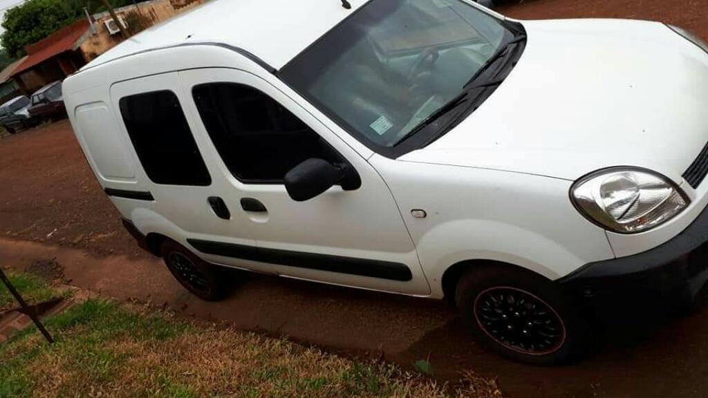 Renault Kangoo Nafta