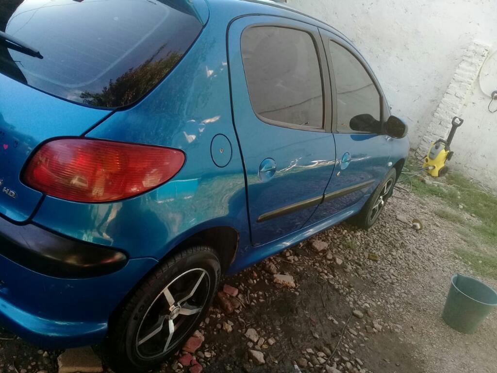 Peugeot 206 en Muy Buenas Condiciones