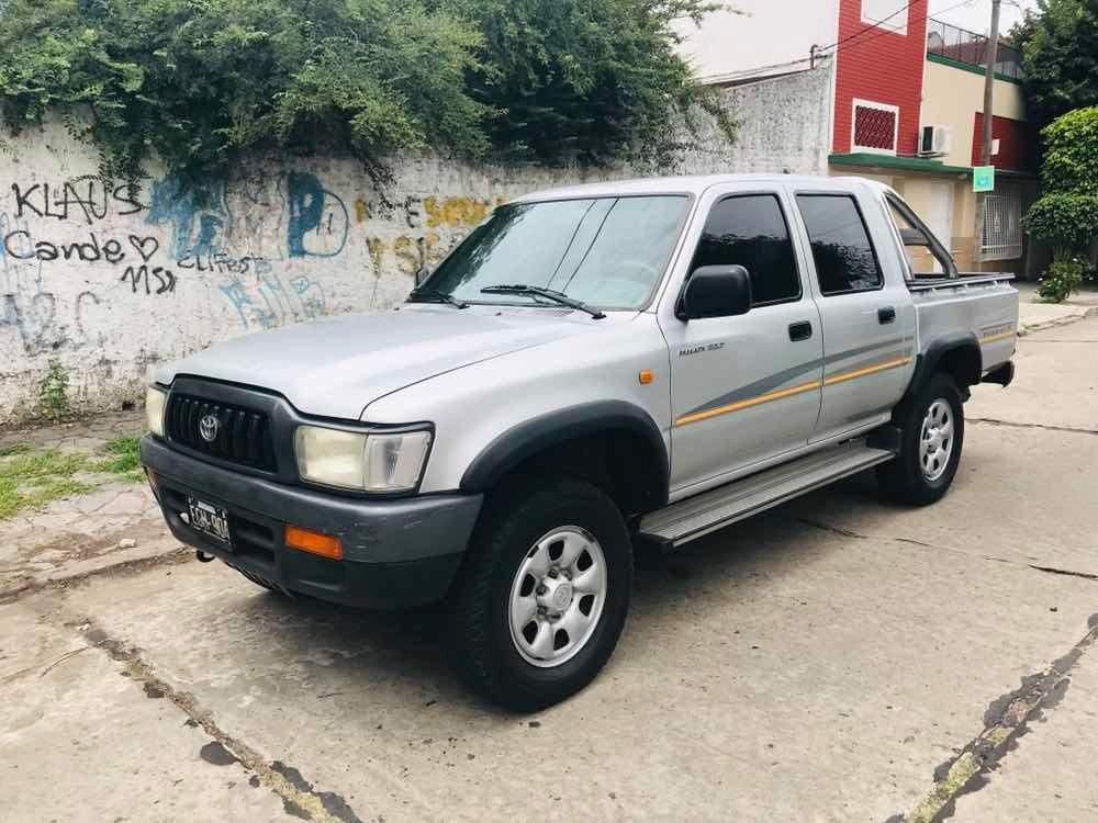 Toyota Hilux 3.0 Dcab 4x2 D Dx