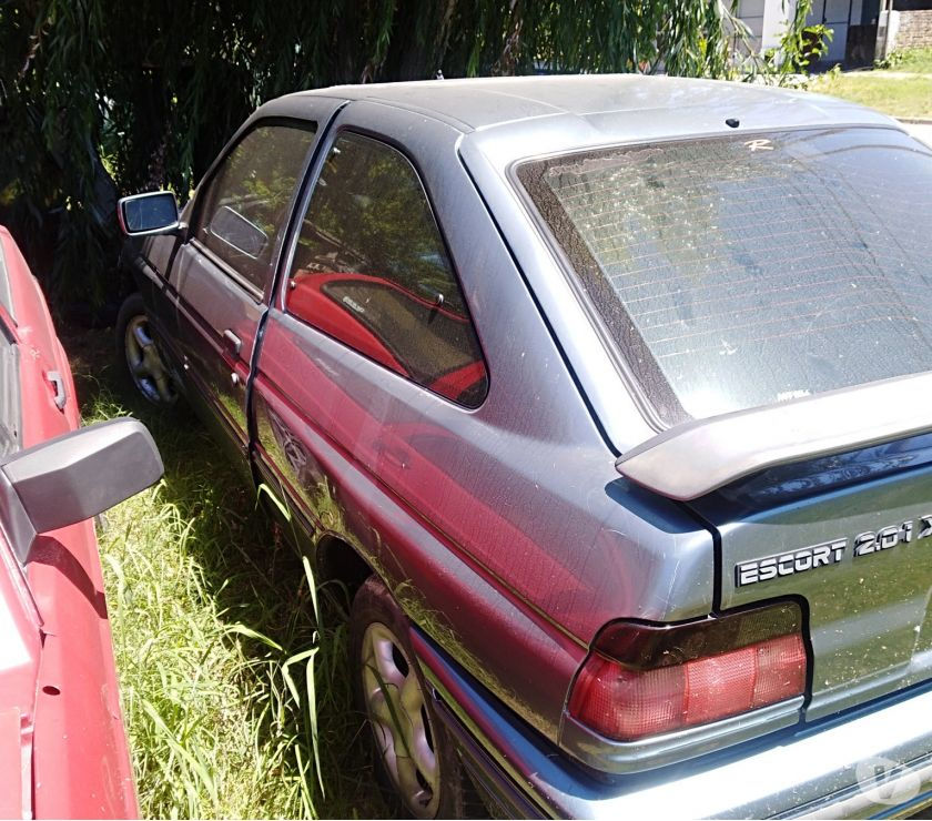 Vendo Ford escort cupe xr3