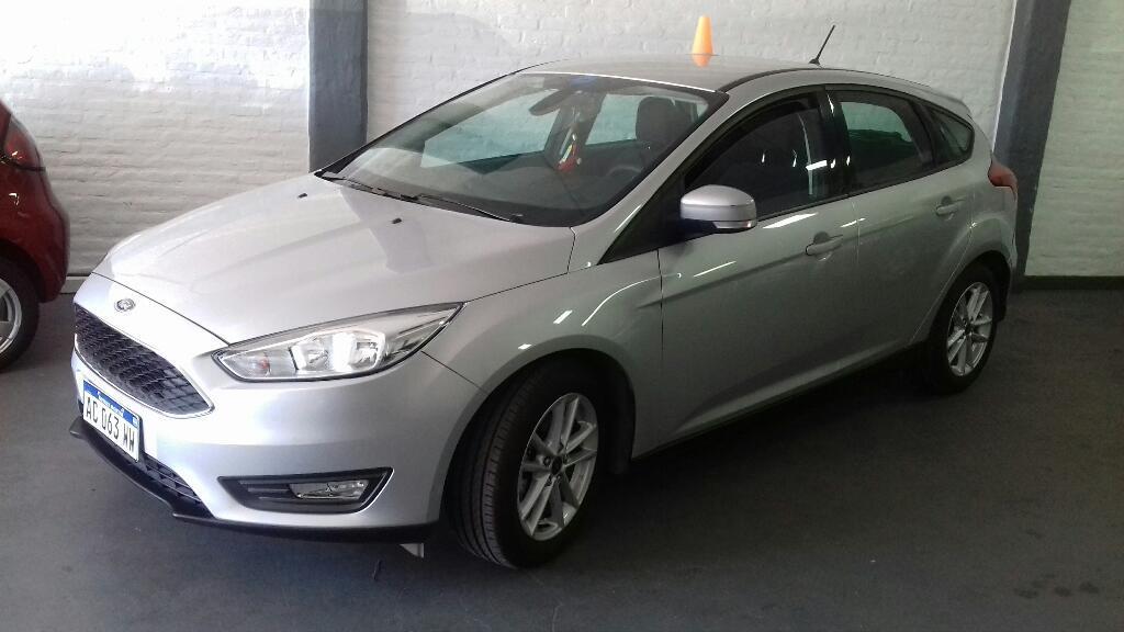 Ford Focus 5 Ptas  Km Nuevo Garantia