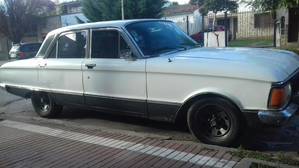 Vendo Ford Falcon Mod 80