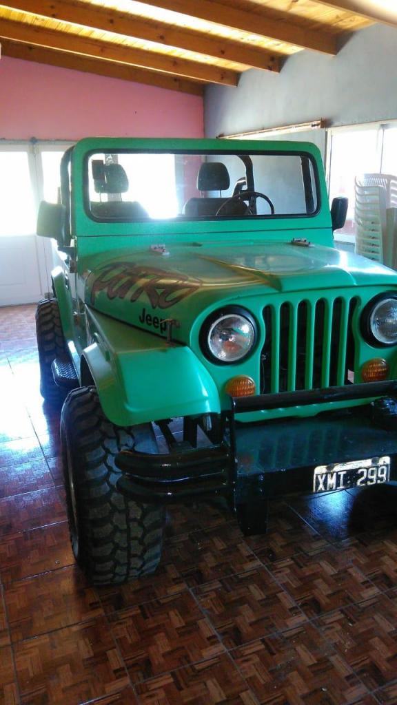 Vendo Jeep Carrocería Potro, Motor Chevrolet 250 Nuevo