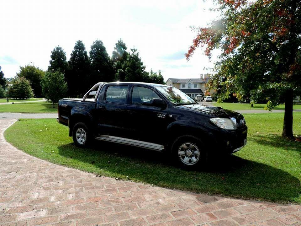 Vendo Toyota Hilux SR x2 Impecable Uso familiar