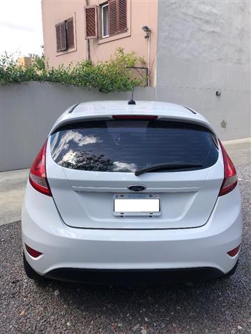 Ford Fiesta KD 1.6 Titanium (120cv) 5ptas. (l10)