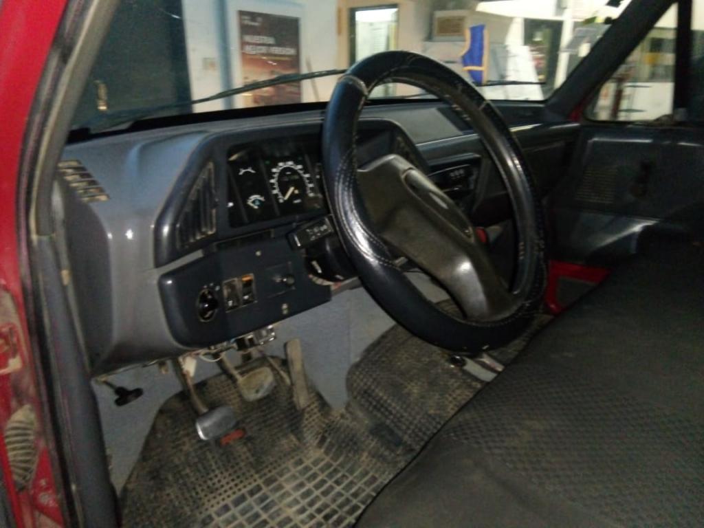 Vendo Ford F100 Mdl.93 con Gnc