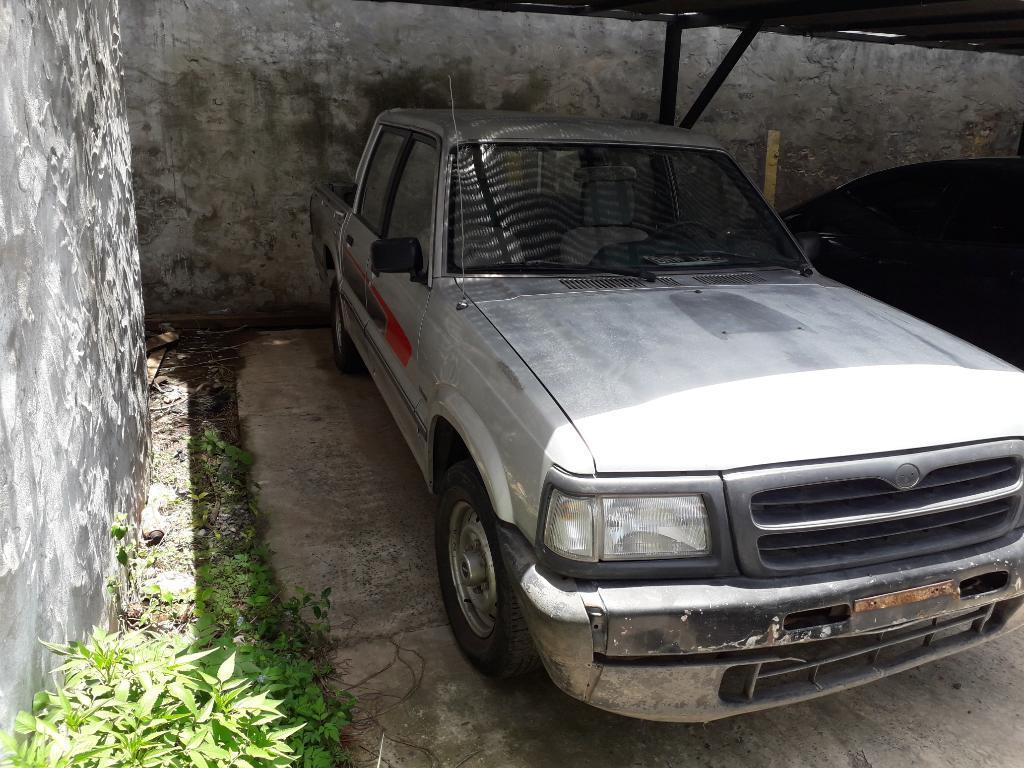 Vendo Mazda B