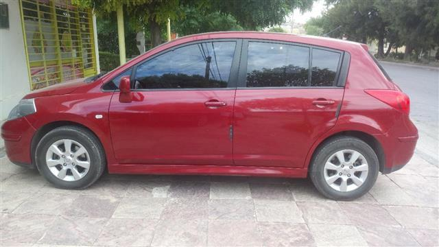 Nissan Tiida Hatchback 1.8 Tekna Full
