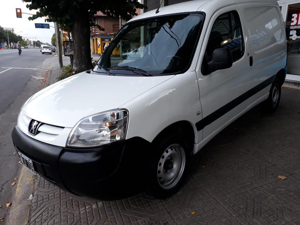 Peugeot Partner Furgón Full  Dueño 1
