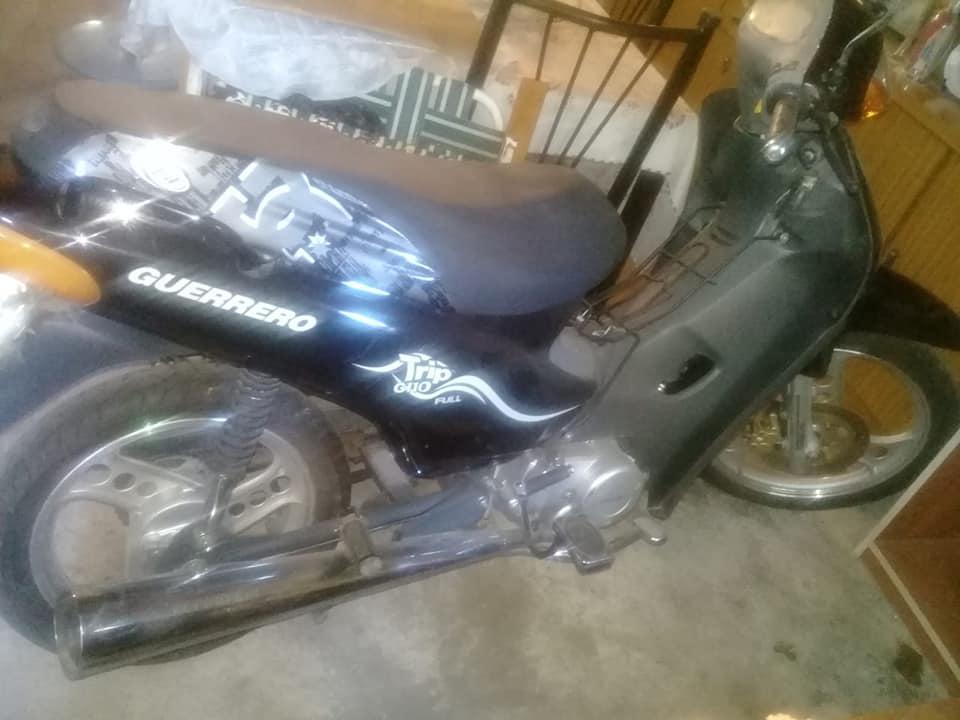 vendo moto soy titular