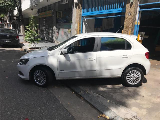 Volkswagen Gol Trend 5P 1.6 Trendline MTcv) (my15)