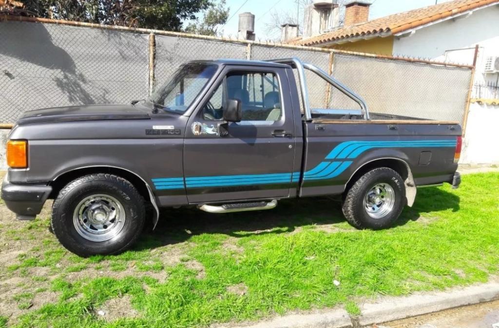 Ford Xlt F100