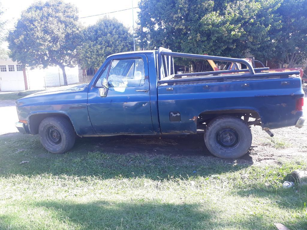 Vendo Chevrolet Silverado 81