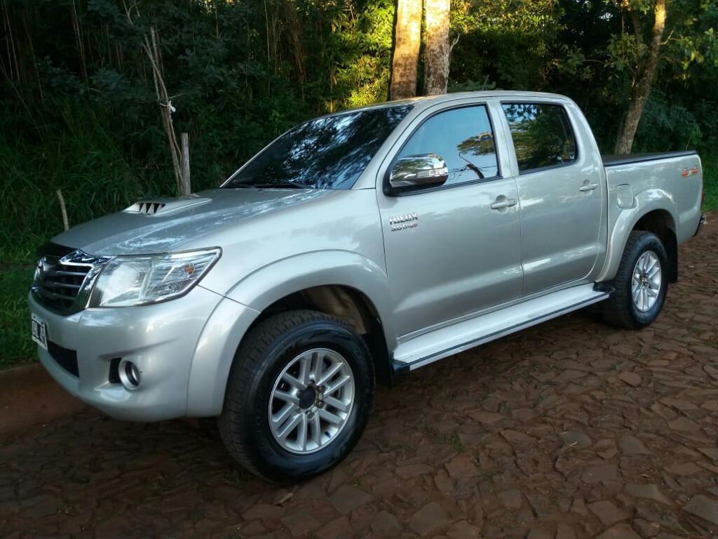 Vendo Toyota Hilux Srv Cuero x4