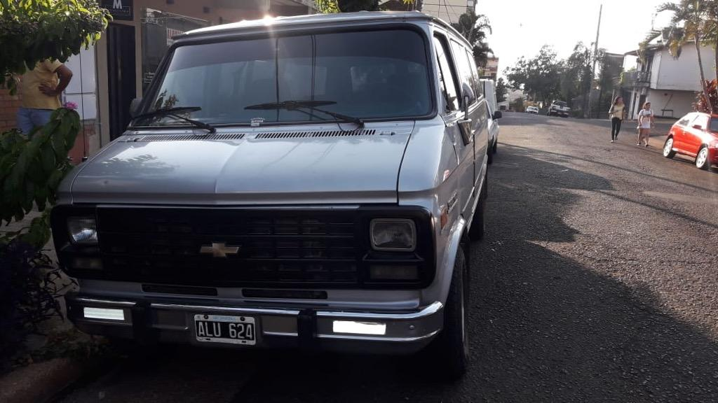 Chevrolet Sport Van 6.5 V8 At