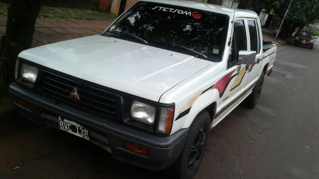 Vendo Mitsubishi L200