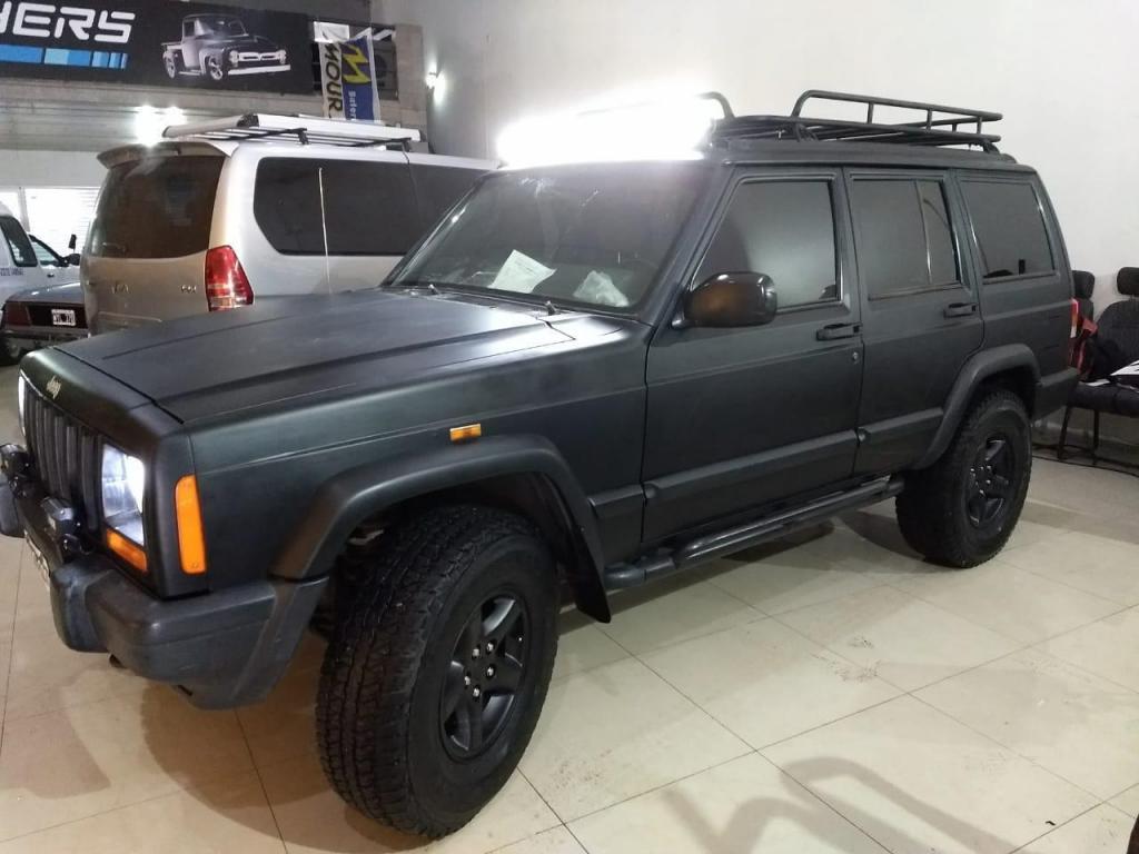 Jeep Cherokee 4.0 Sport