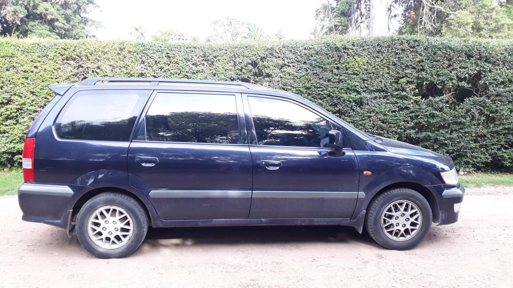 Mitsubishi Space Wagon 2.4 Glx