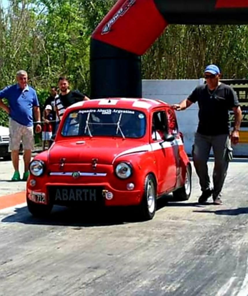 Fiat 600 Casco sin Motor Y sin Caja