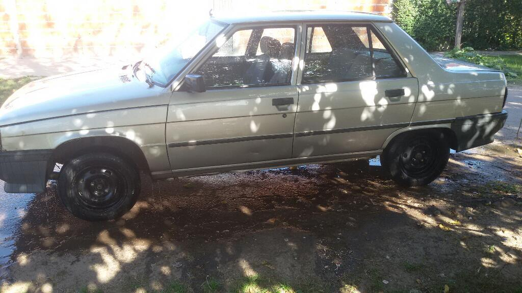 Renault. 9