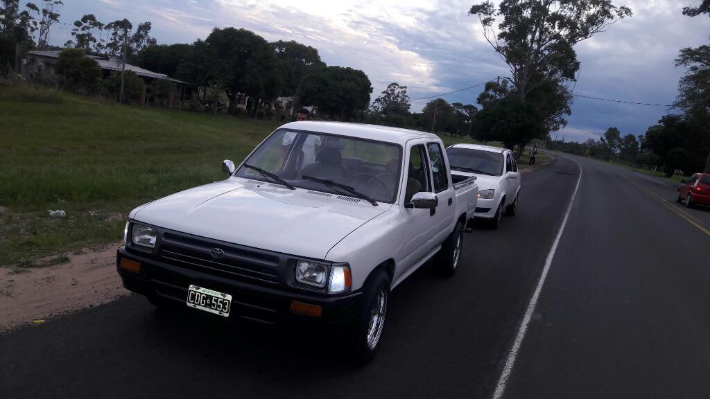 Vendo Toyota Impecable a Nueva