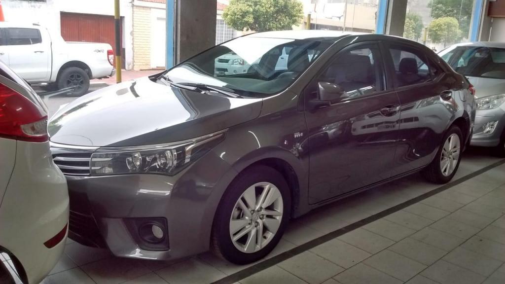 Toyota Corolla xei pack 18 celular