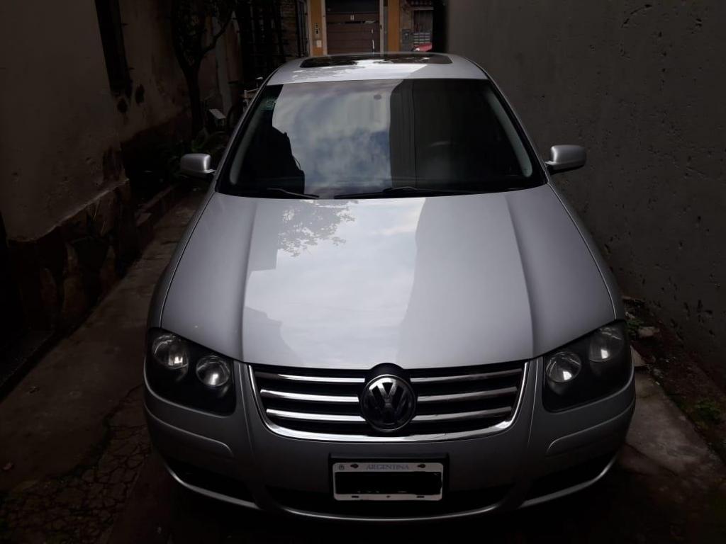 Volkswagen Bora 2.0 año  con GNC
