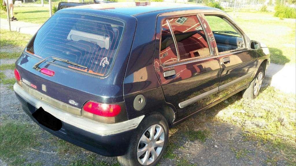 Vendo Clio97 Naftagnc