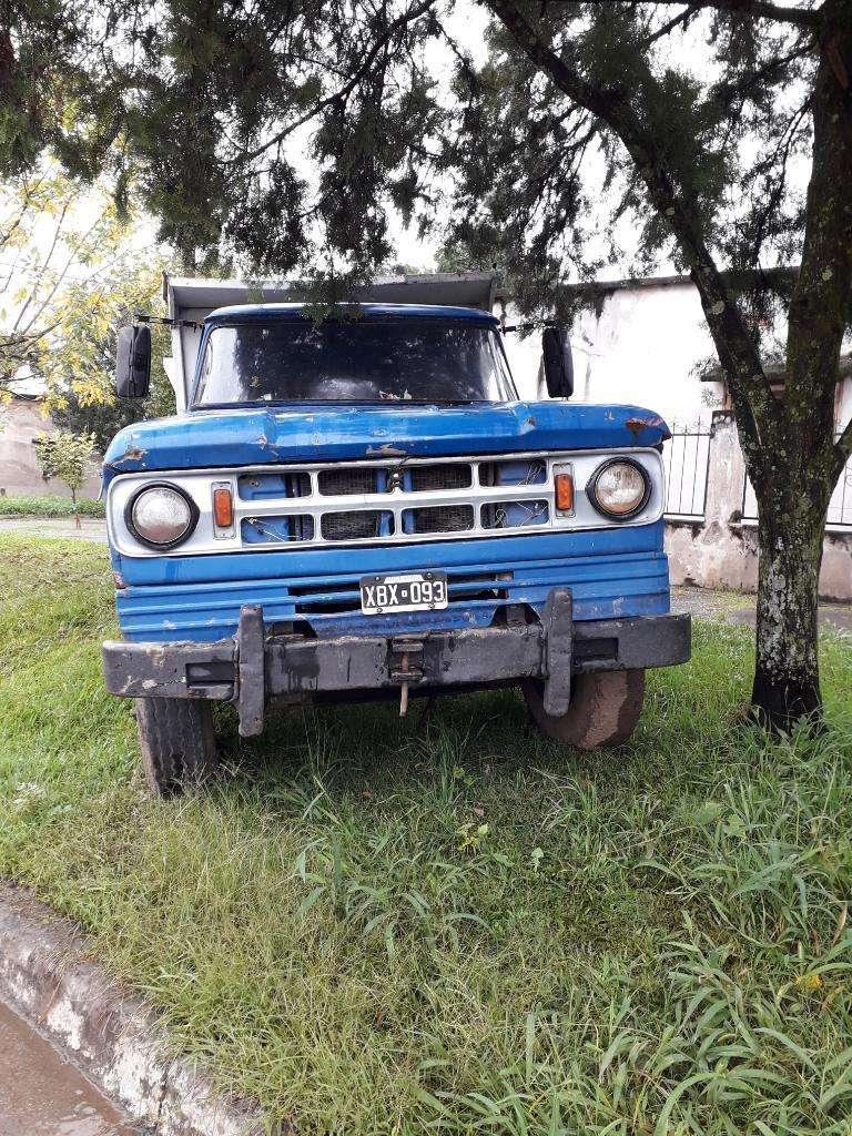 Vendo Camion Dogue 600