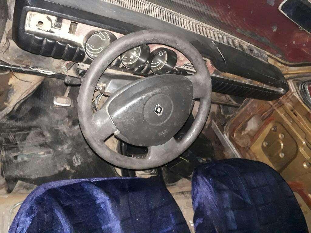 Vendo R12 Modelo 74 con Gnc