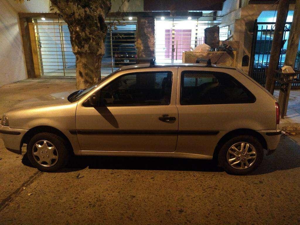 Vendo Volkswagen Gol Sedan 3 Puertas Gnc