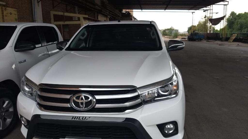 Toyota Hilux Srx 2.8 4x4