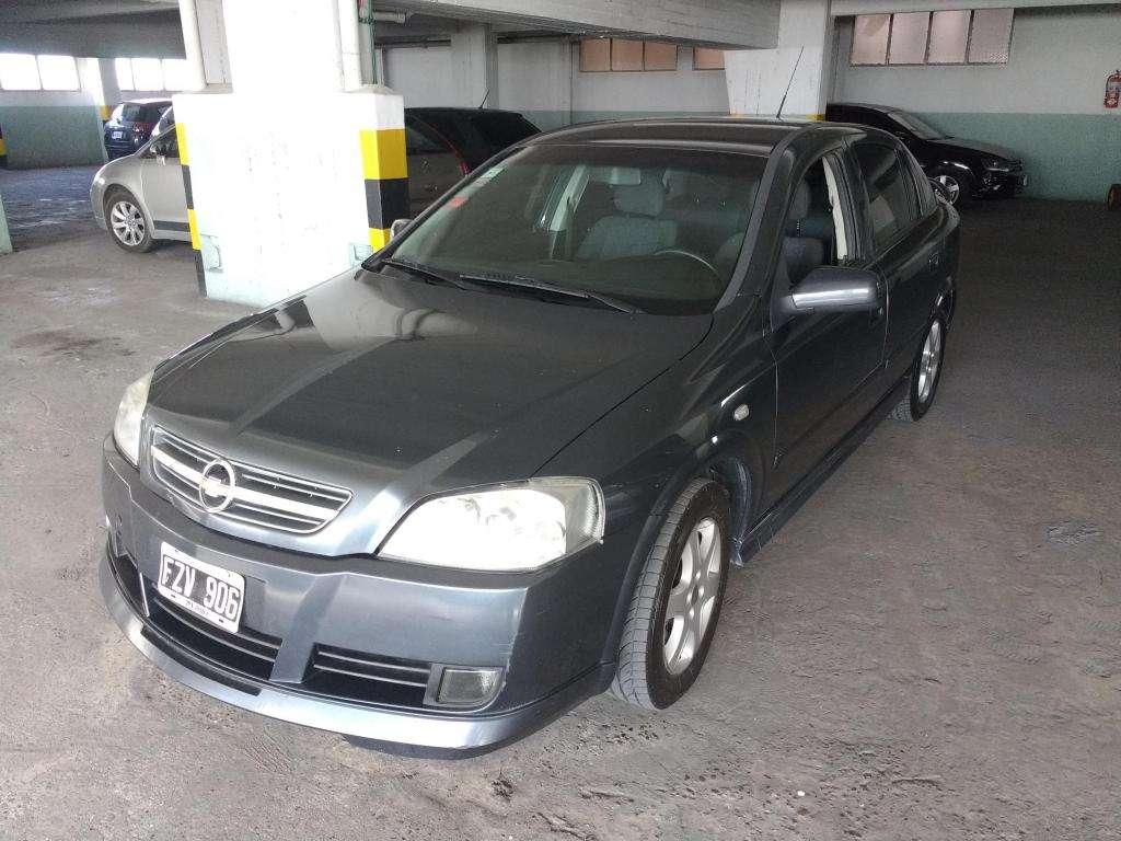 Chevrolet Astra II 5P Nafta