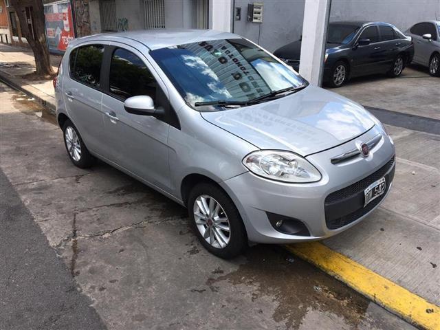 Fiat Palio Essence 1.6 MT 16v. 5Ptas. (115cv) (L12)