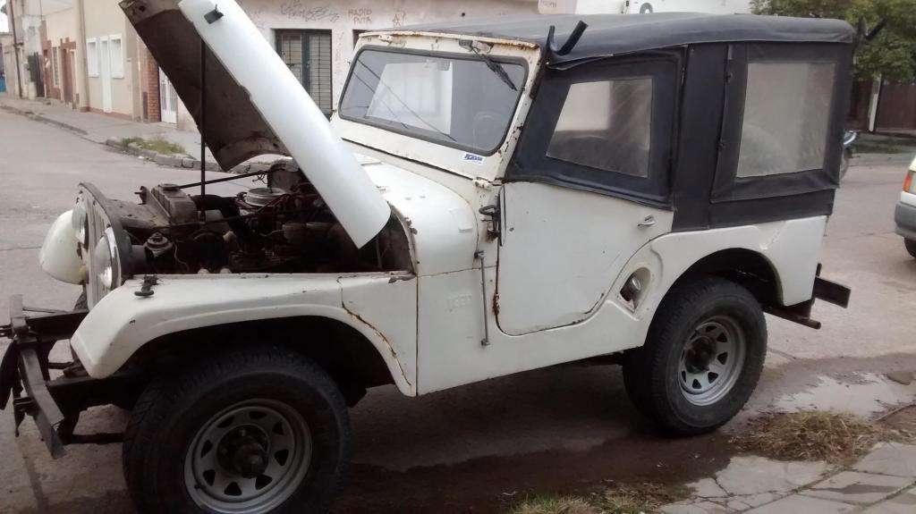 Jeep Ika 4x4 original  Titular en Bahía Blanca