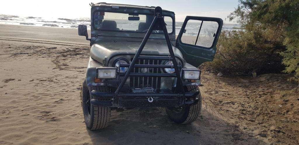 jeep ika 4x4 muy bueno
