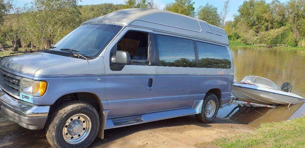 Ford Econoline E350 Van Xlt