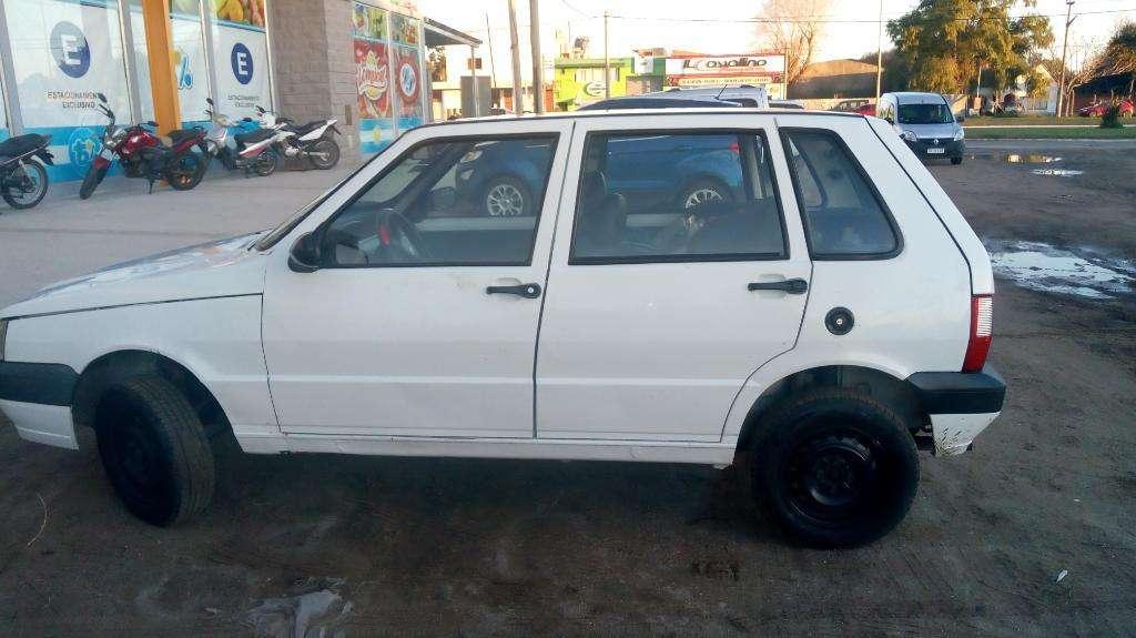 Vendo Fiat Uno 1.3 Modelo  Nafta Gnc