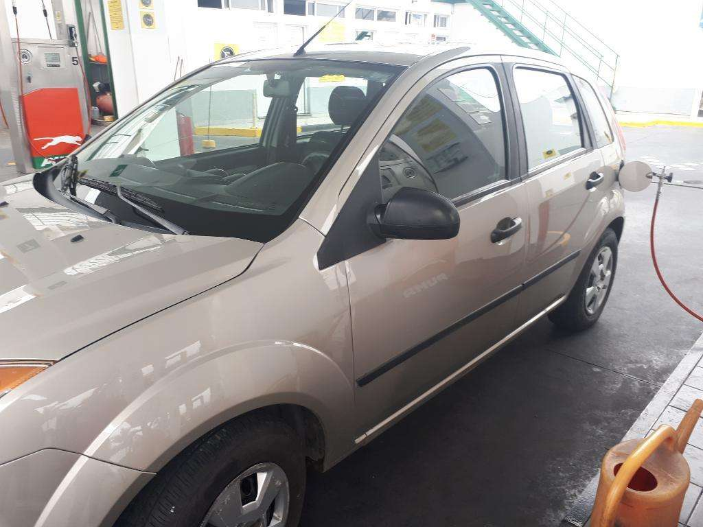 Vendo Ford Fiesta Mp3