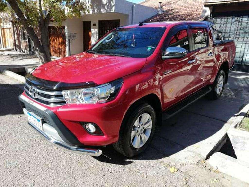 Toyota Hilux Srv Automatica 4x