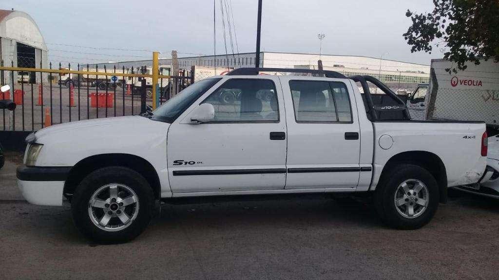 Vendo Camioneta Chevrolet S10 4X4